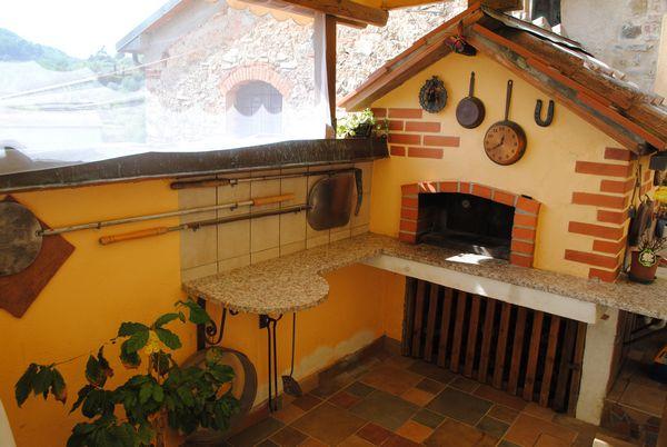 Pistoia serravalle pistoiese vendita colonica con giardino - Case in vendita pistoia giardino ...